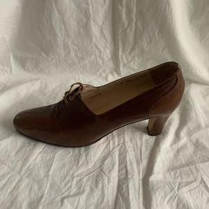 "Salvadore Ferragamo Size 9 AA Shoes Heel 3"" Brown"